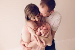 baby in parents arms for warrnambool photography